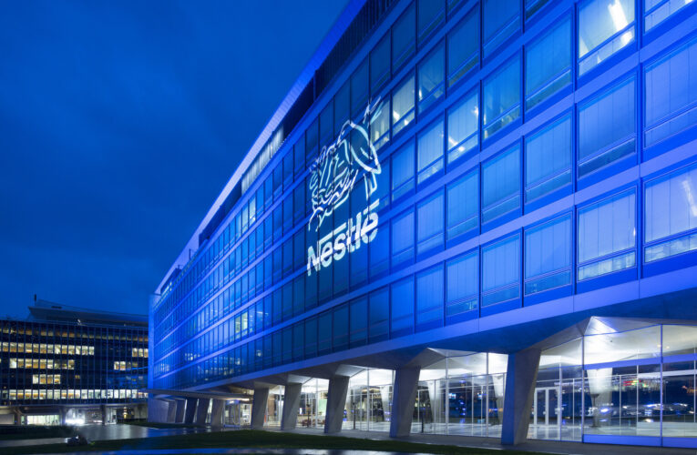 Nestle Reports Slow Growth  As Stockpiling Effect Wanes