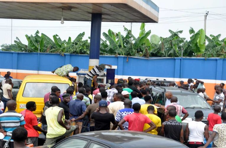 Fuel: Queues Spread Over Looming Price hike