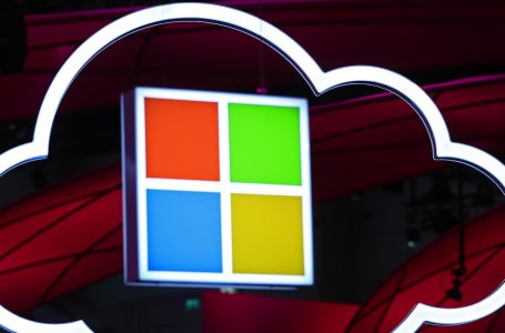 Microsoft Warns Cloud Customers Of Exposed Databases